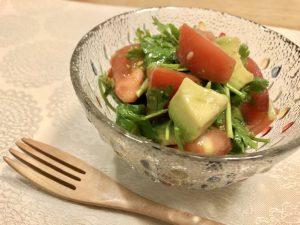 【ヘルシーレシピ】アボカドとトマトのパクチーサラダサムネイル